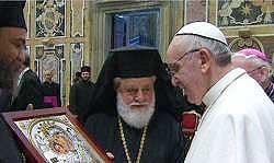 Papa Francisco inaugura pontificado e reassume compromisso com os pobres