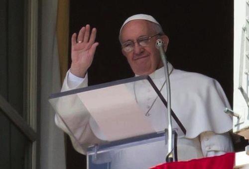 """Papa Francisco: """"Não tenhamos medo de nos dirigir ao Senhor e pedir perdão. Ele nos perdoa sempre."""""""