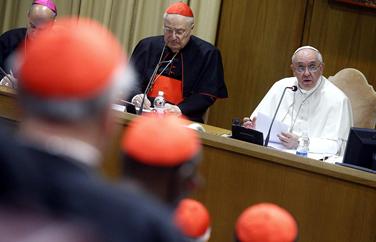 Papa Francisco abre Consistório sobre a Família pedindo pastoral inteligente, corajosa e amorosa