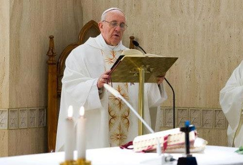 """Papa cita os 3 verbos do cristão: """"Preparar, discernir e diminuir"""", como São João"""