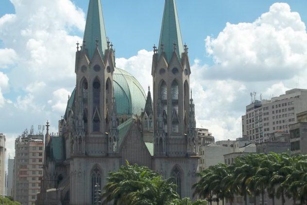A Igreja na metrópole