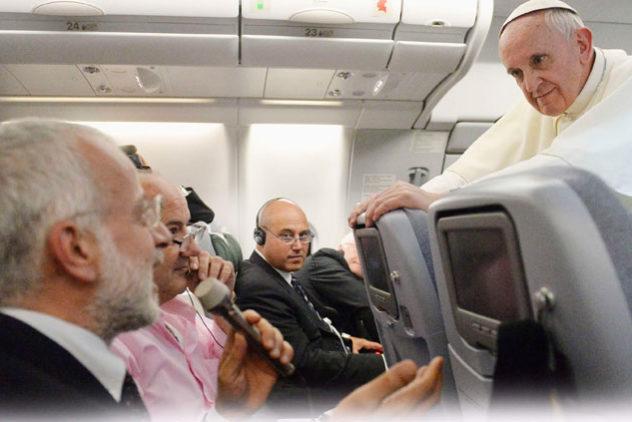 Papa: filipinos me comoveram. África nos planos.