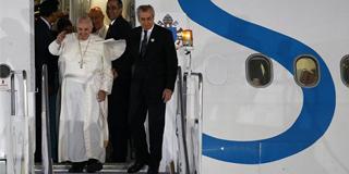 Papa desembarca nas Filipinas