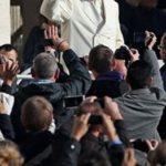 """Papa Francisco: """"Quando não há convívio há egoísmo"""""""